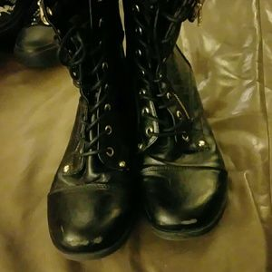 G by Guess Shoes - G by Guess Dual zip Boots size 8.5
